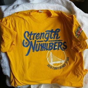 2016 Golden State Warriors Jerzees T Shirt XL